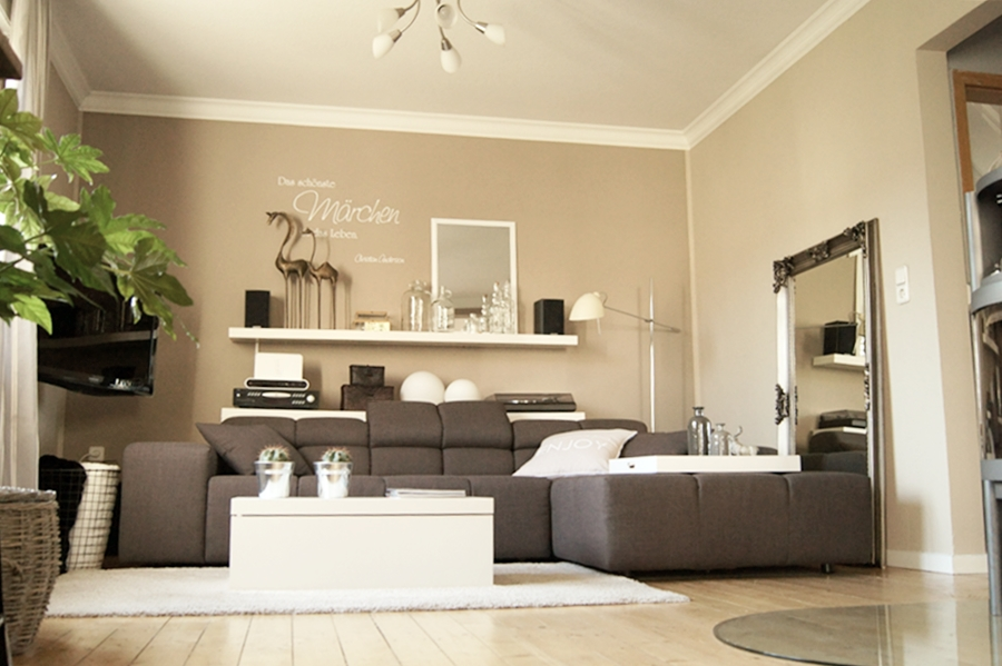 wohnen neue deko im wohnzimmer. Black Bedroom Furniture Sets. Home Design Ideas