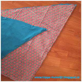 75ed660838e513 Om te beginnen maak je eerst een enkel sjaal inclusief sierrand