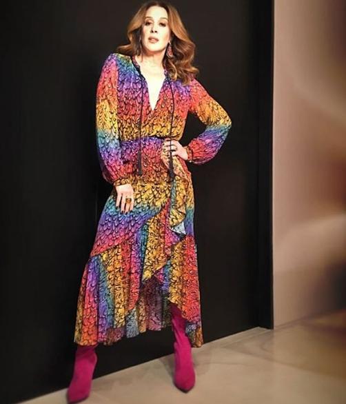 O look colorido de Claudia Raia no Show dos Famosos