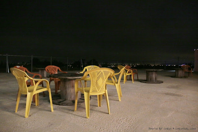 IMG 9853 - 台中清水│嗨咖泡腳夜色*天冷就是要邊看夜景邊泡腳!超隱密180度超廣角夜景原來就在這!