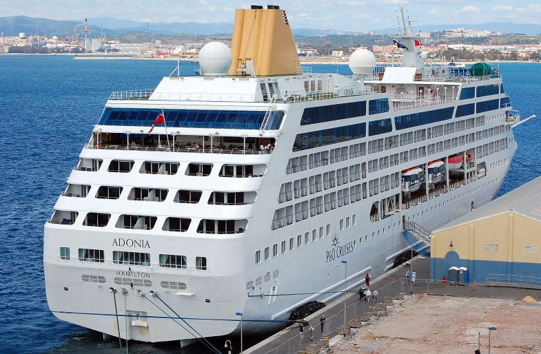 Cuban Americans banned from 1st cruise to Cuba