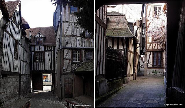 Aître Saint Maclou, Rouen, Normandia