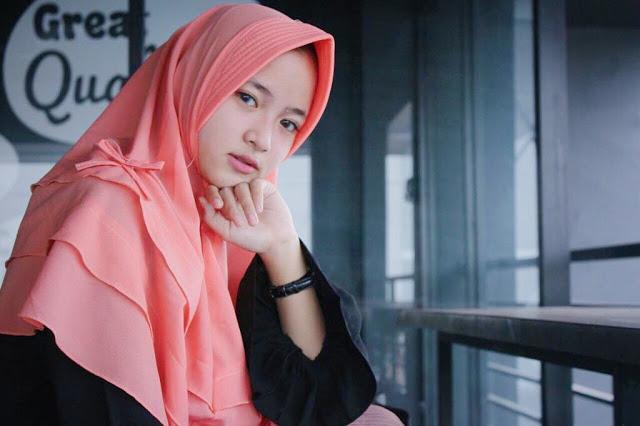Kumpulan Lagu Islami yang Sedang Populer dan Sangat Menyentuh Hati
