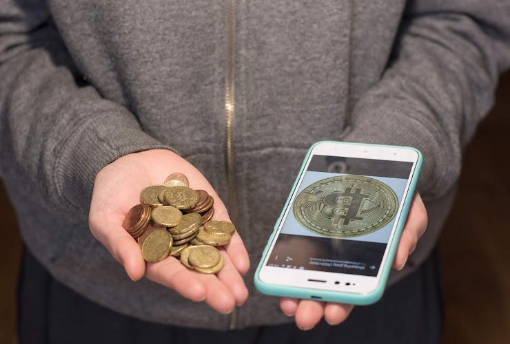 Ventajas y desventajas de usar criptomonedas como método de pago en tu negocio