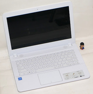 Laptop Baru ASUS X441MA-GA014T di Malang