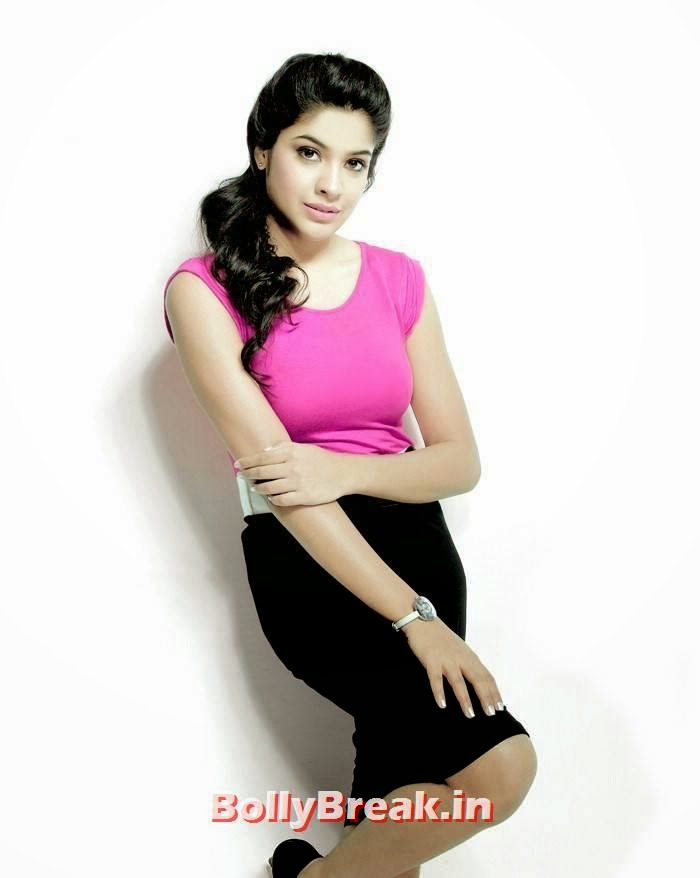 , Archana Kavi Pics in Pink Dress - hot hd Images