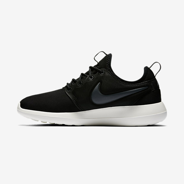 differently a0b09 cb1bd Nike Womens Roshe Two. Olive Flak, Olive Flak, Sail, Dark Loden. 844931-300