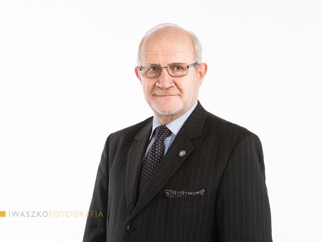 fotografia biznesowa Kraków, Jan Widacki, zdjęcia biznesowe Kraków, zdjęcia dla kancelarii, zdjęcie grupowe, zdjęcie zarządu