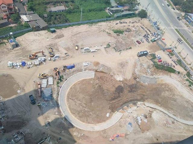 Hình ảnh chụp từ trên xuống mặt đường và hồ dự án chung cư Hateco Apollo Xuân Phương