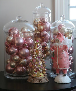 Enchanted Revelries: ... Dreamin' of a Pink Christmas