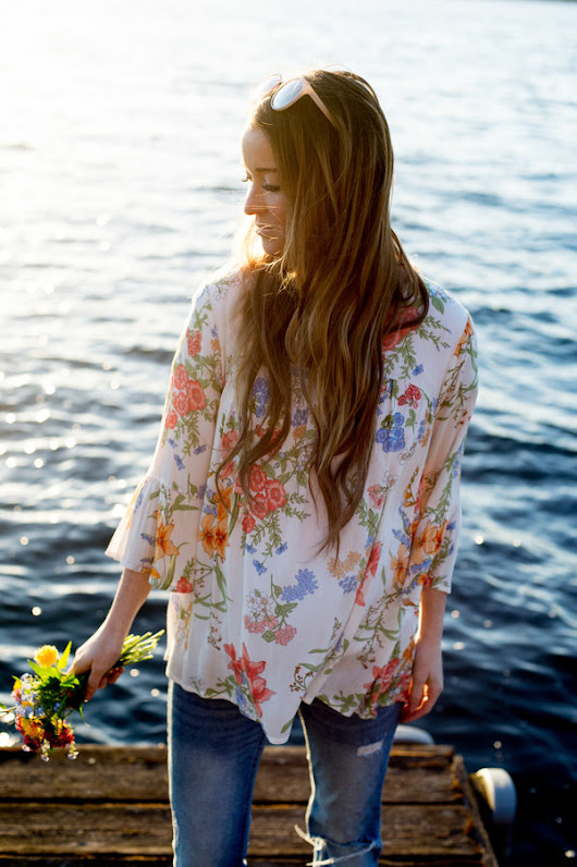 Floral Bell Sleeves & Summer Bucket List