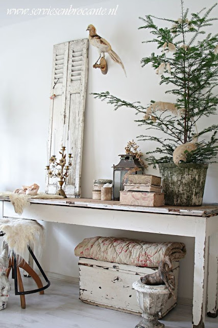 hellolovely-hello-lovely-studio-christmas-holiday-decorating-ideas-Swedish-Scandinavian-Nordic