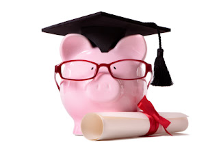 College scholarships and grants: Few facts that you should know
