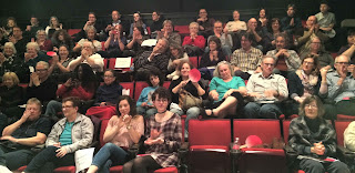 photo of audience at haiku deathmatch