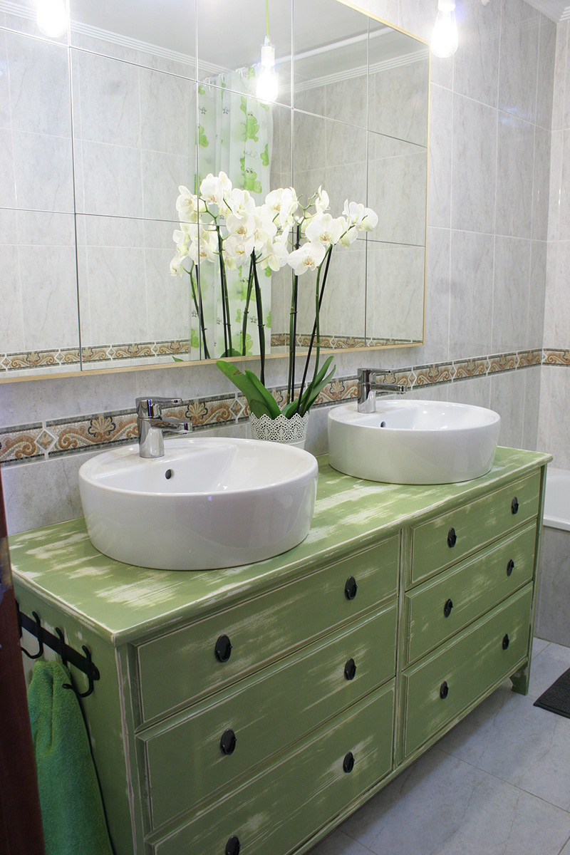 Diy espejo lowcost para el ba o decorar en familia def - Espejos para el bano ideas y consejos ...