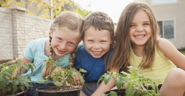 Birth Order Affects Your Child's Personality and Behavior
