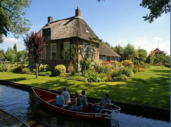 Transport persoane Piatra Neamt Olanda