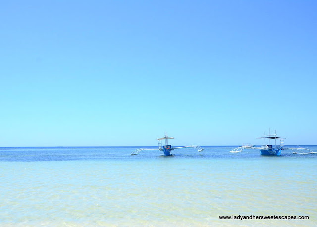 the clear blue waters of Sipalay