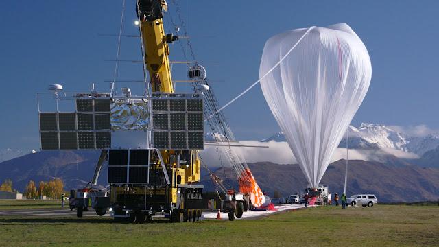 Super balões são soltos na atmosfera a anos para a Nasa