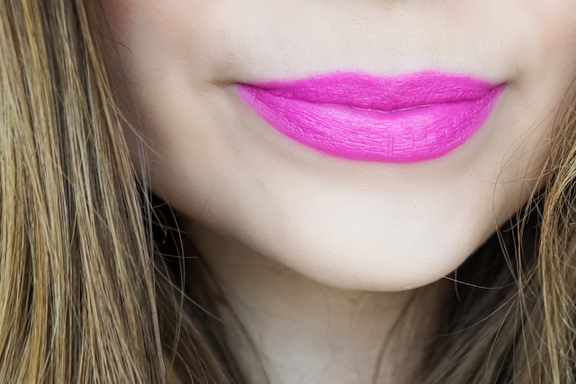20100 Lipstick Fuchsia
