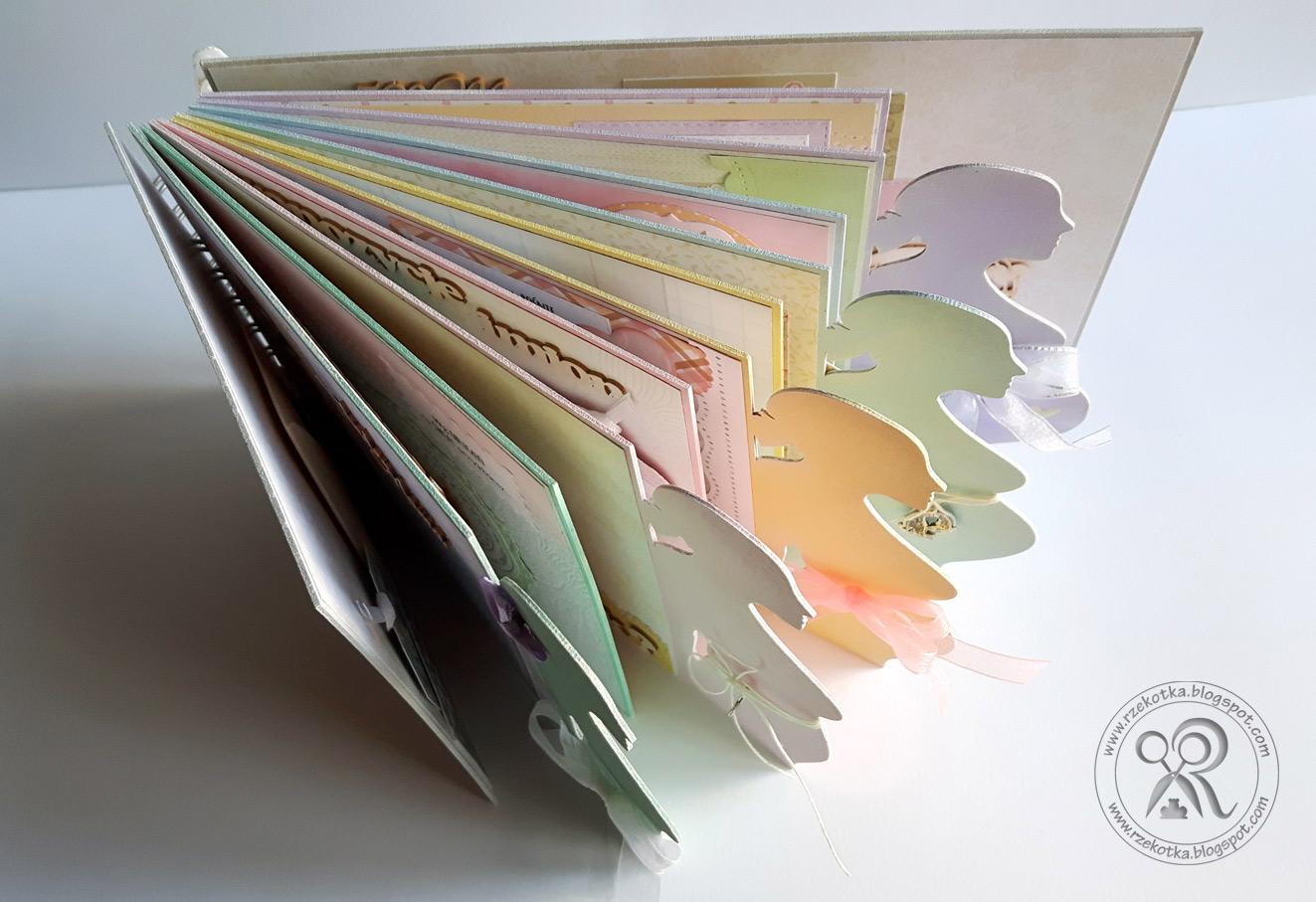 Karty albumu z rosnącym brzuszkiem