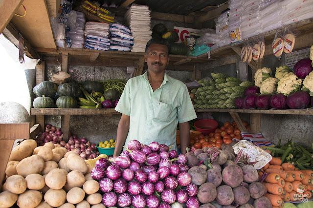 vendedor de verduras en kerala india