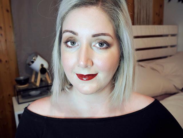 http://www.sweetmignonette.com/2018/12/chrismas-holiday-makeup-sephora.html