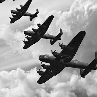 Βομβαρδιστικά αεροπλάνα στον Β Παγκόσμιο Πόλεμο