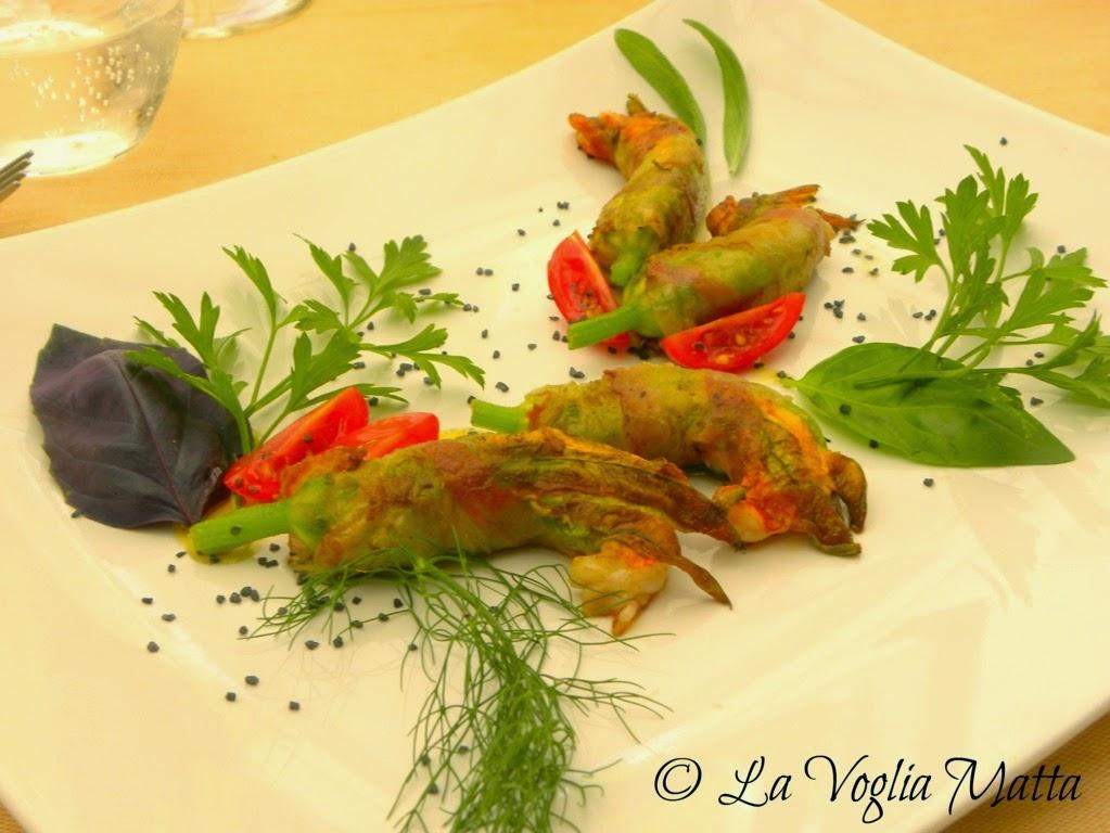 Enoteca di Sgonico sul Carso triestino fiori di zucca ripieni di gamberi