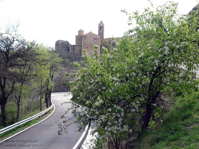 castielfabib-valencia-igleisia-fortaleza-membrillero