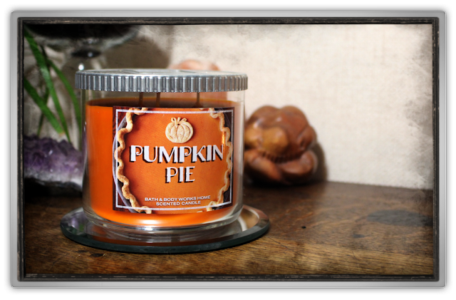 Bath & Body Works Pumpkin Pie Candle Haul Review america candle autumn fall halloween festive 3
