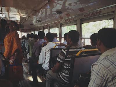 keadaan dalam Bus yang digunakan menuju Jaipur