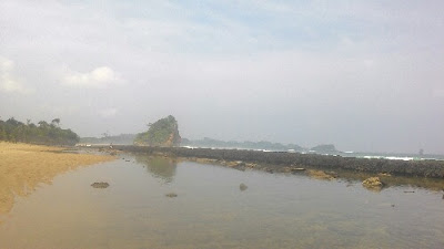 Parang dowo pantai ramah anak di malang selatan