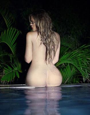 Pantat Sexy Khloe Kardashian
