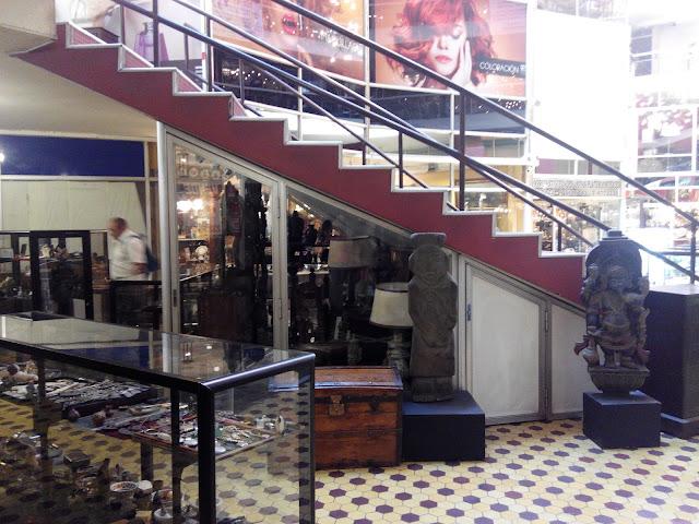 Galería de anticuarios en Providencia