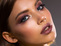 Tips Makeup Sederhana untuk Kulit Gelap