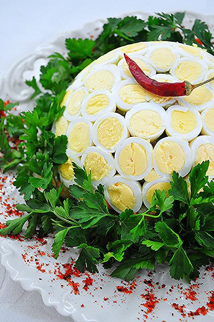 bıldırcı-yumurtalı-patates-salatası