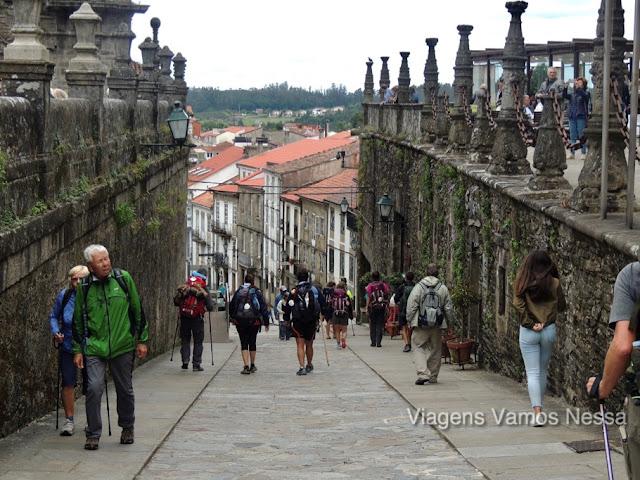 Peregrinos na cidade de Santiago de Compostela
