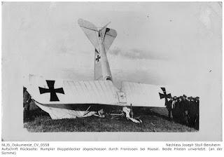 Rumpler Doppeldecker, abgeschossen bei Roasel, Piloten überlebten; Nachlass Joseph Stoll Bensheim, Stoll-Berberich 2016