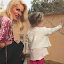 Το βίντεο της Μενεγάκη με τον σκύλο και τα γέλια της κόρης της ξεπέρασε τις 130.000 προβολές