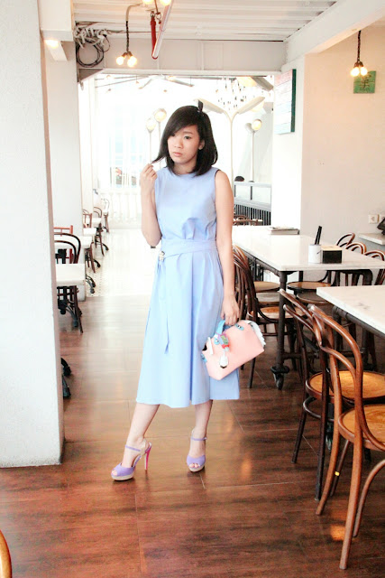 Simple Pastel Outfit