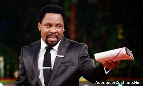 Tele evangelista Profeta TB Joshua predicando