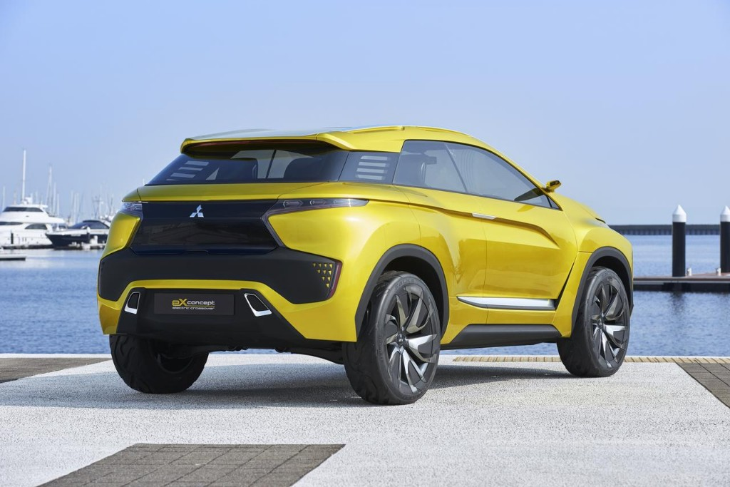 Mitsubishi Expander - 'Sejuta Umat' Car Specs from Machine to Interior Design, Cool out! ~ My ...