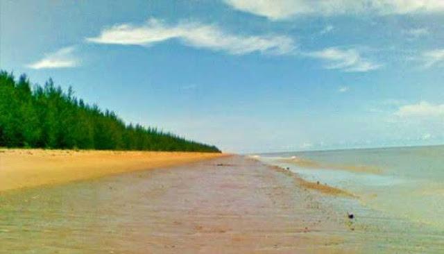Pantai Terindah Di Kabupaten Sambas