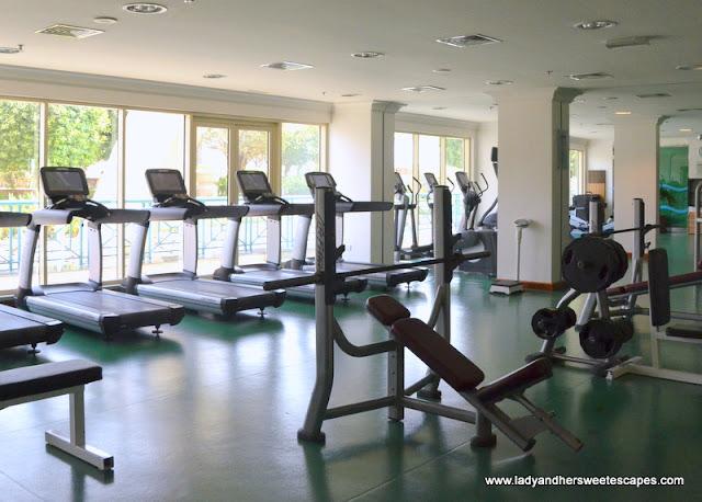 Al Raha Beach Hotel gym