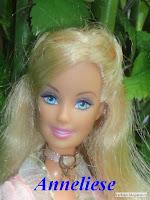 http://barbiny.blogspot.cz/2016/05/princezna-svadlenka-2004-anneliese.html