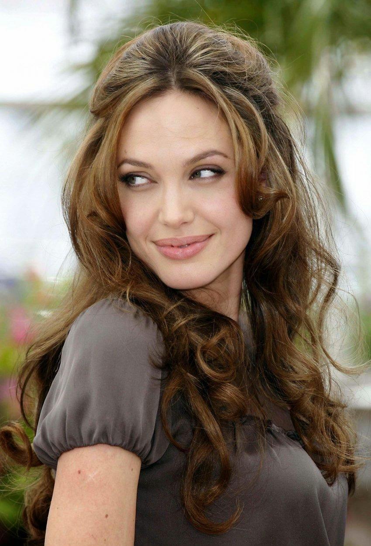 STAR CELEBRITY WALLPAPERS: Angelina Jolie HD Wallpapers