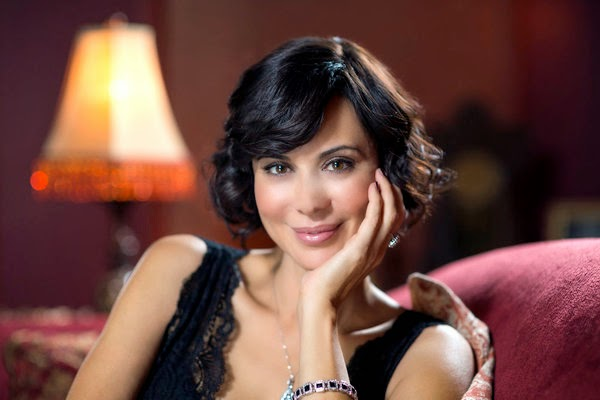 'GOOD WITCH' PILOT: SEASON ONE (2015). Catherine Bell stars in the Hallmark Channel TV show. All text is © Rissi JC and RissiWrites.com