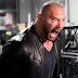 Batista faz seu retorno à WWE durante RAW