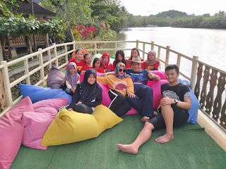 Perahu wisata mangrove